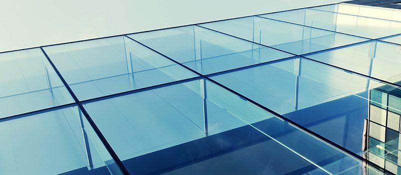 Plexiglas-caratteristiche